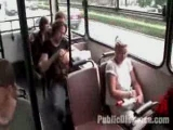 Nyilvános dugás egy magyar buszon. Kemény kis baszás aminek a sofőr vet véget.