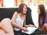 Malena Morgan lezbizik egyet