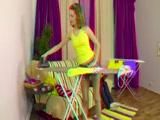 Vasalás és tini szex a cuki barnával 3D pornó