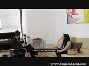 Interjúból leszbiszex