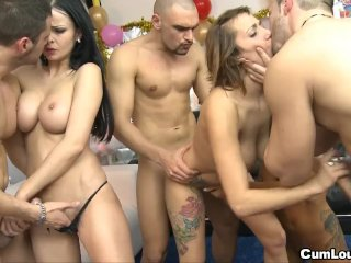 Mega swinger party