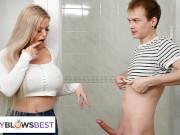 Násztánc a zuhanykabinnál