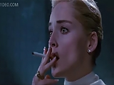 Sharon Stone puncit villant