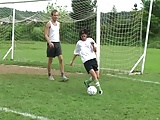 Cigány csaj jobban kefél mint ahogy focizik