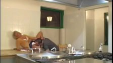 Magyar Milf a konyhában