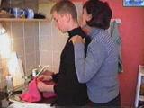 Amatőr anya fia szex a konyhában