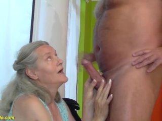 Idős bácsi és a nagy csöcsű nagyika hatalmas szexe