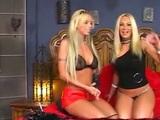 Brittney és egy ismeretlen szőke kis ribanc leszbikus szexe. - Brittney Skye Vs Blonde Slut
