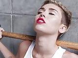Miley Cyrus - Wrecking Ball pornó változat