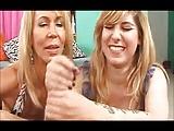 Anya és a barátnője kiverték a farkam