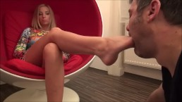Survivor Klaudia lábfetish videója