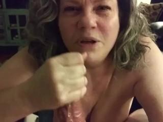 Szexi mature nő gyors szopása