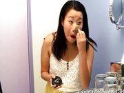 Ázsiai terhes nőt megdugnak egy amatőr felvételen