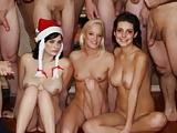 Karácsonyi orgia, itt mindenki Mikulás