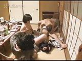 Beteg japán családi szex ebéd közben