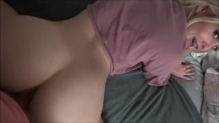 Játékos szexi hugi mindenben benne van